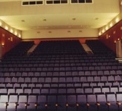 Teatro Municipal Juan Rodríguez Romero en Dos Hermanas