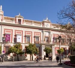 Casa de la Provincia en Casco Antiguo